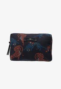 DAY Birger et Mikkelsen - CHEETAH BEAUTY - Kosmetická taška - multi colour - 1