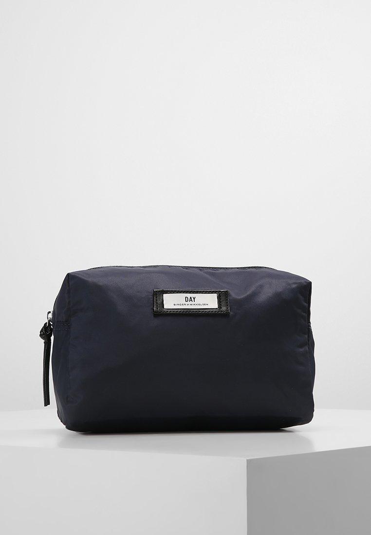 DAY Birger et Mikkelsen - DAY GWENETH - Wash bag - navy blazer