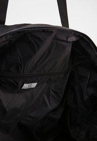 DAY Birger et Mikkelsen - DAY GWENETH WEEKEND - Weekend bag - black - 4
