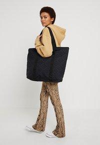 DAY Birger et Mikkelsen - GWENETH FLOTILE - Shopping Bag - black - 1
