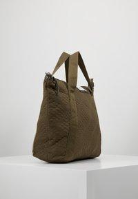 DAY Birger et Mikkelsen - GWENETH TOPAZ CROSS - Shoppingveske - ivy green - 3