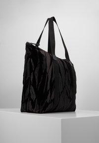 DAY Birger et Mikkelsen - GWENETH FEATHER BAG - Tote bag - black - 3