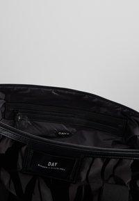DAY Birger et Mikkelsen - GWENETH FEATHER BAG - Tote bag - black - 4