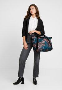 DAY Birger et Mikkelsen - GWENETH FEATHER CROSS - Shopping Bag - multi colour - 1