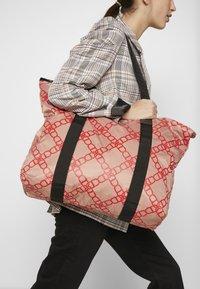 DAY Birger et Mikkelsen - GWENETH CHAIN BAG - Shopper - red - 1