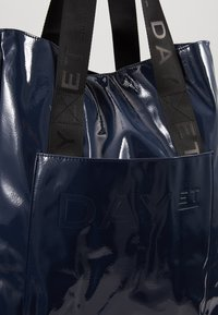 DAY Birger et Mikkelsen - PATENT TOTE - Shopping Bag - outer space - 6