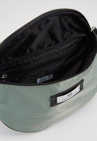 DAY Birger et Mikkelsen - GWENETH BUM - Bum bag - green bay - 4