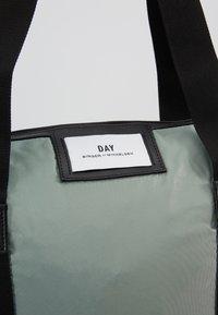 DAY Birger et Mikkelsen - GWENETH BAG - Weekendbag - green bay - 6