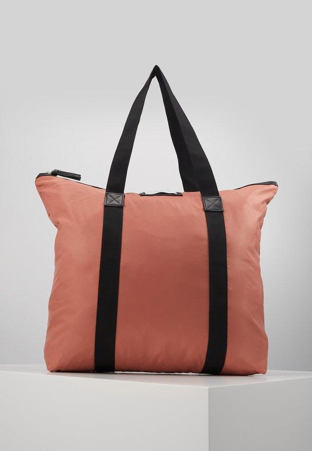 GWENETH BAG - Shoppingväska - insence