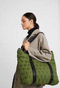 DAY Birger et Mikkelsen - DIAMOND BAG - Tote bag - four leaf clover green - 1