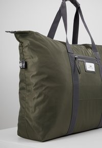 DAY Birger et Mikkelsen - GWENETH WEEKEND - Weekendbag - four leaf clover green - 6