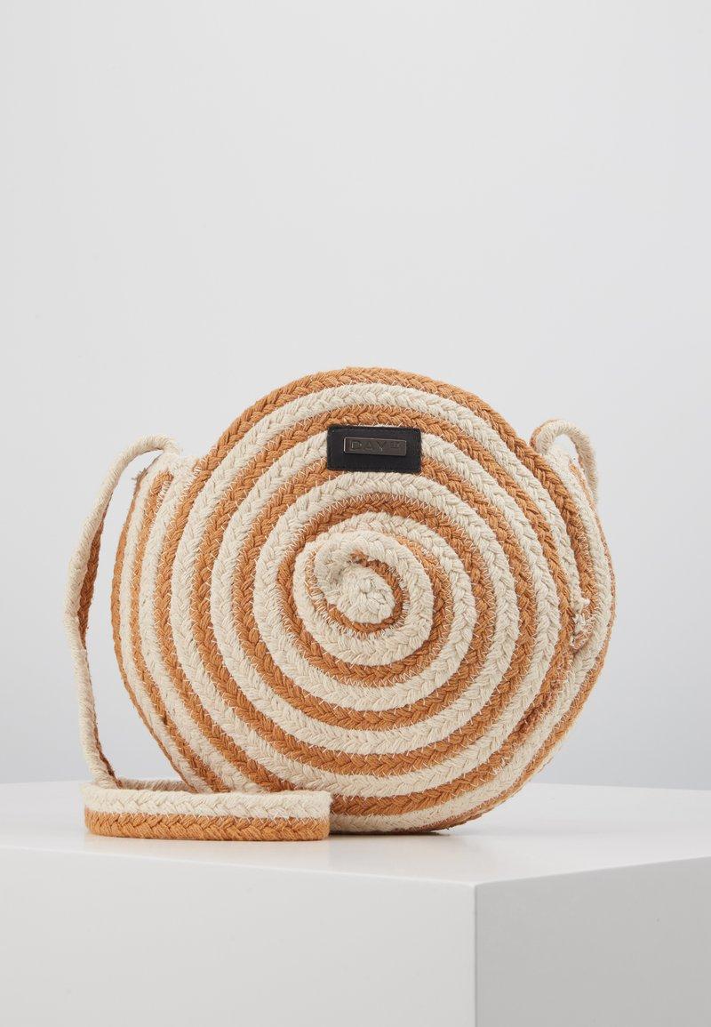 DAY Birger et Mikkelsen - DAY STRIPE - Across body bag - camel/beige
