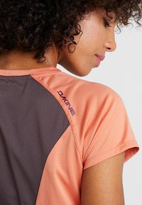 Dakine - T-Shirt print - papaya - 5