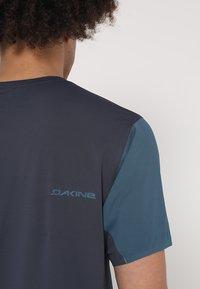 Dakine - BOUNDARY  - T-shirts print - stargazer - 4