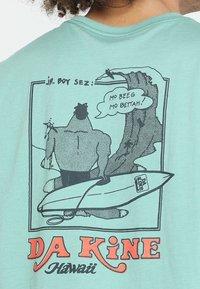 Dakine - BETTAH  - T-shirts print - feldspar - 5