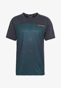 Dakine - SYNCLINE - T-Shirt print - slate blue stripe - 4