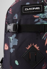 Dakine - MISSION PACK 18L - Rygsække - multi-coloured - 5