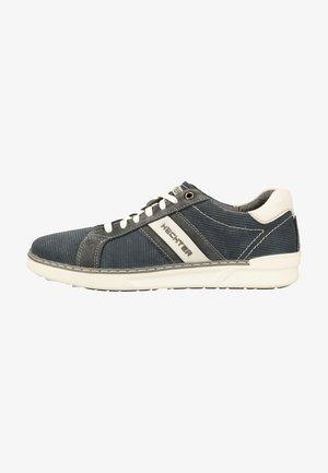 Trainers - dark blue