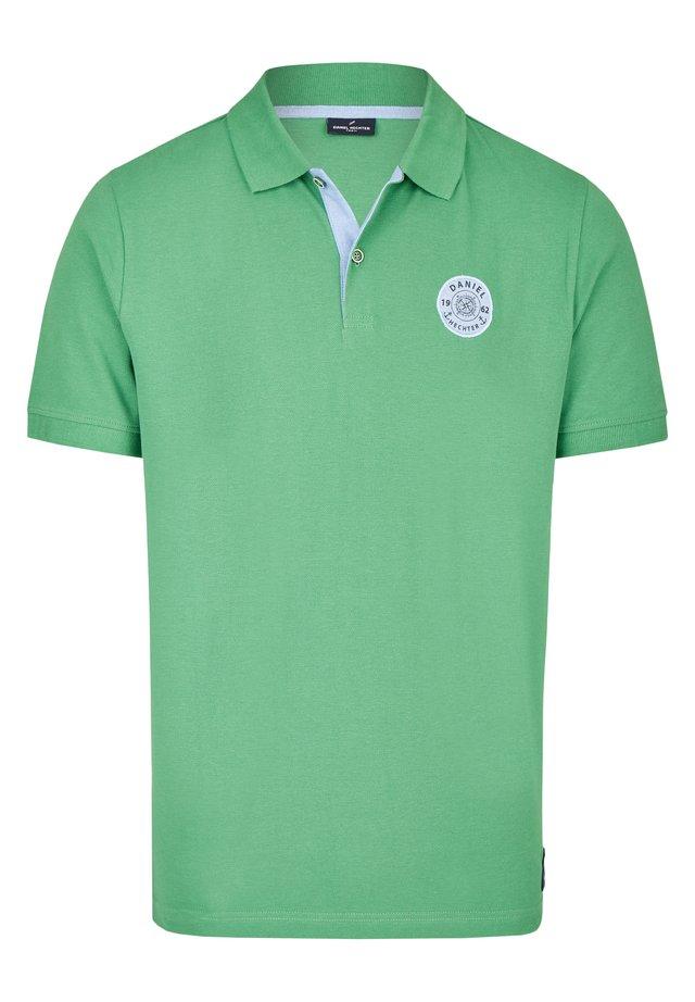 MARITIMES  - Polo shirt - grã¼n