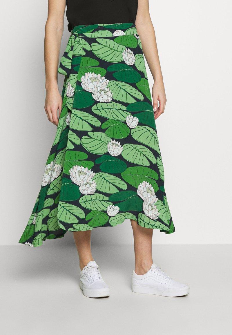 Danefæ København - JASMIN SKIRT - Zavinovací sukně - green aakander