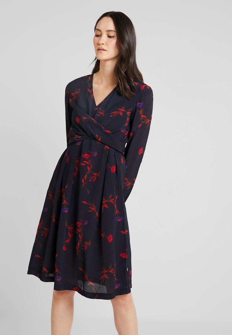 Danefæ København - SOLVEIG DRESS - Denní šaty - black picabella