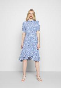 Danefæ København - PRIM DRESS - Denní šaty - light blue - 0