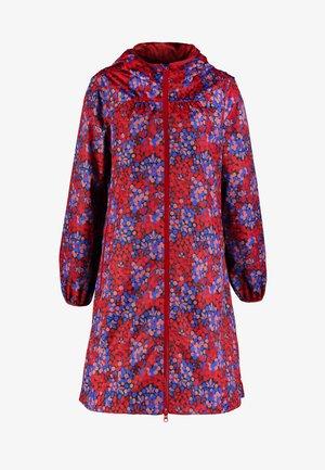 HELEN RAINJACKET - Vodotěsná bunda - berrygood/blue