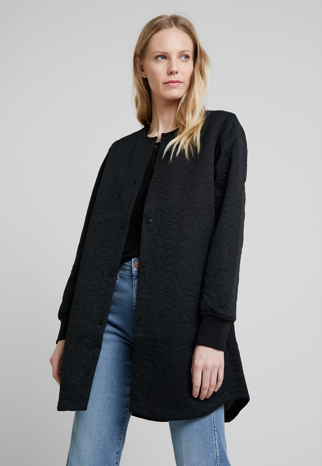 MAUDE THERMO COAT - Mantel - black