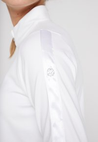 Daily Sports - ANNA - Langærmede T-shirts - white - 3