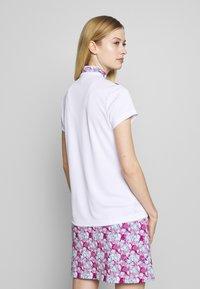 Daily Sports - PAISLEY CAP - T-shirts print - white - 2