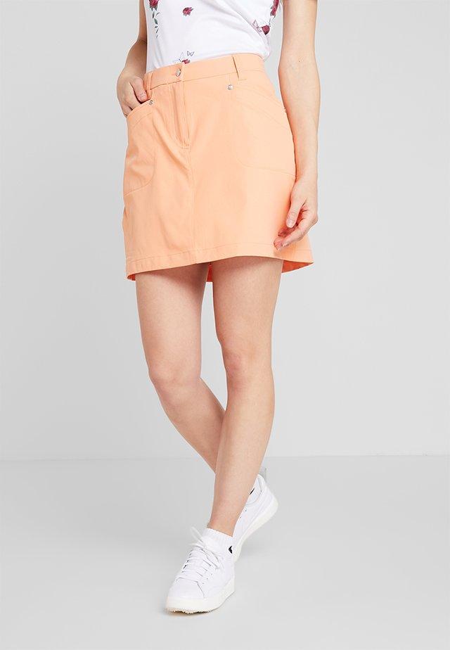 LYRIC SKORT - Spódnica sportowa - orange