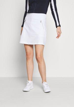 MADGE SKORT - Rokken - white