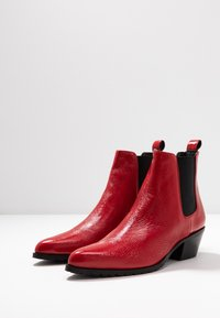 Day Time - KELSY - Botines bajos - rosso - 2