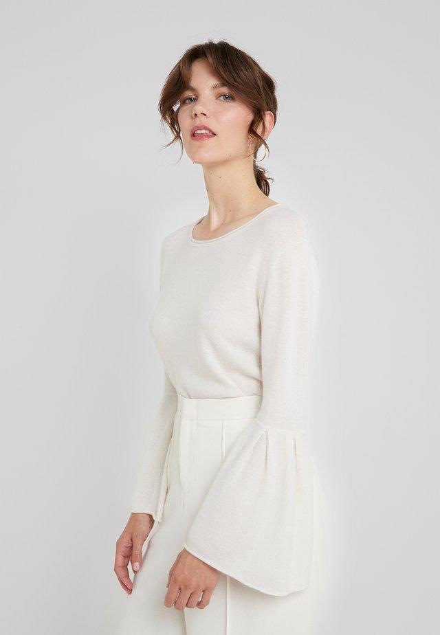 FLOUNCE SLEEVE NECK - Stickad tröja - white