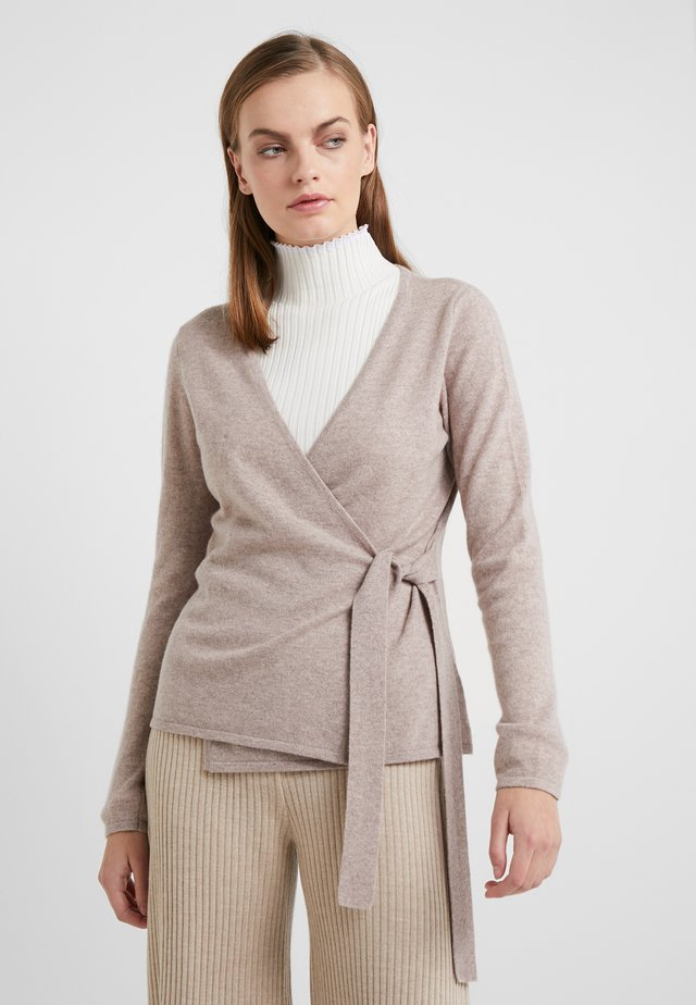WRAP - Strickjacke - sand