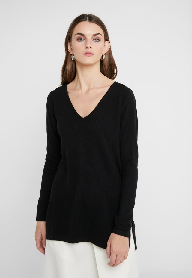 VNECK LONG SWEATER - Pullover - black