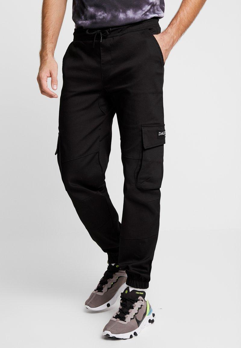 Daily Basis Studios - BASIS - Pantalon cargo - black