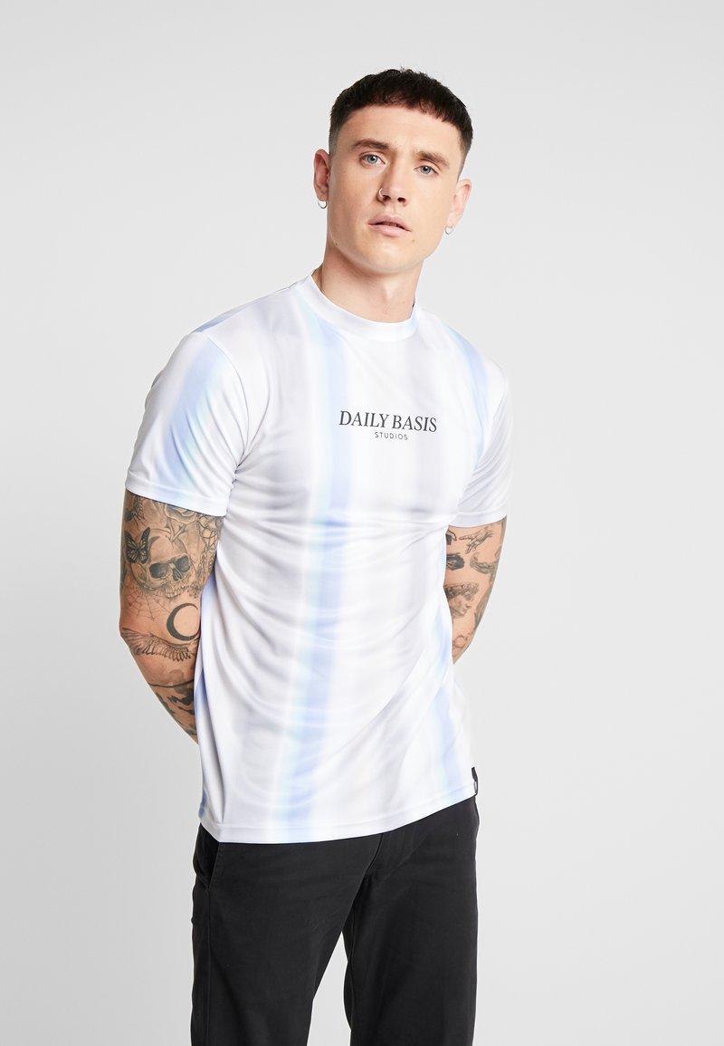 Daily Basis Studios - MULTI FADE STRIPE TEE - T-Shirt print - white