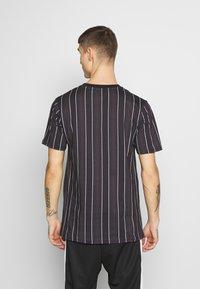 Daily Basis Studios - HOUNDSTOOTH STRIPE TEE - T-shirt print - black - 2