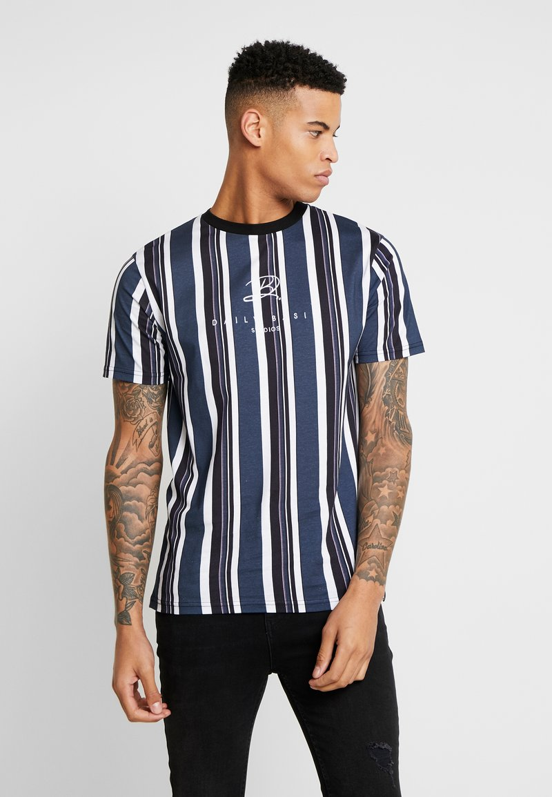 Daily Basis Studios - SIGNATURE STRIPE TEE - T-shirt med print - white