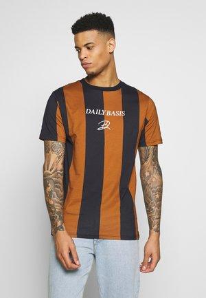 DECK STRIPE TEE - T-shirt con stampa - caramel