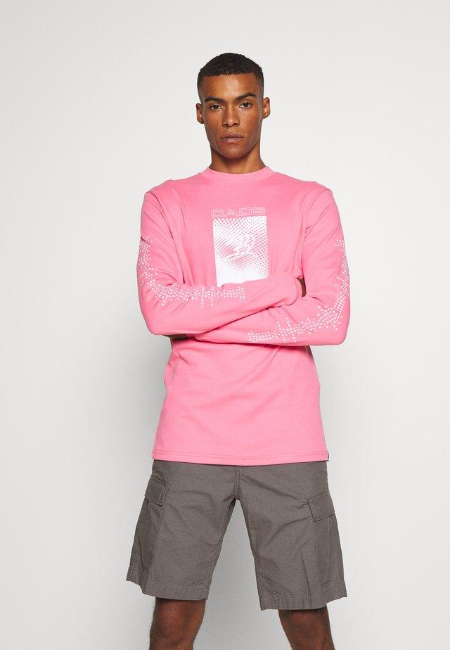 GEO PRINT - Printtipaita - pink