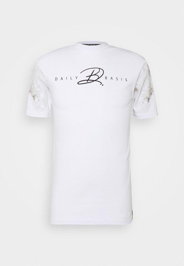 TIE DYE SLEEVE - T-shirts print - white