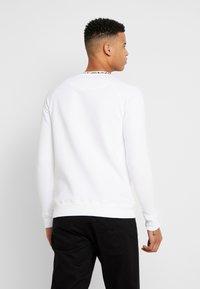 Daily Basis Studios - NECK CREW - Sweater - white - 2