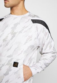 Daily Basis Studios - TAPED CREW - Sweater - off white - 5
