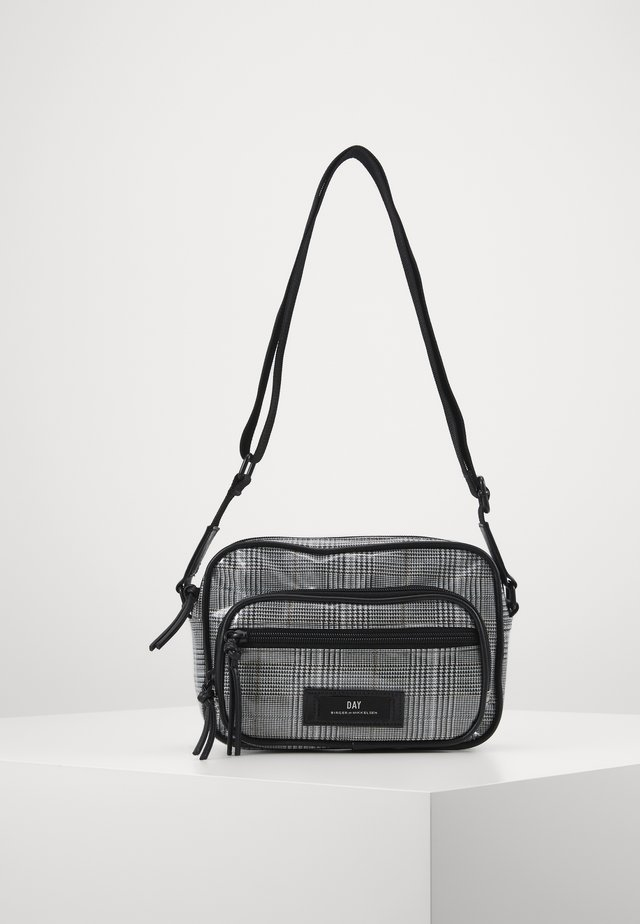 GWENETH WALES - Across body bag - black