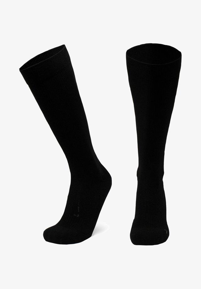 Socks - solid black