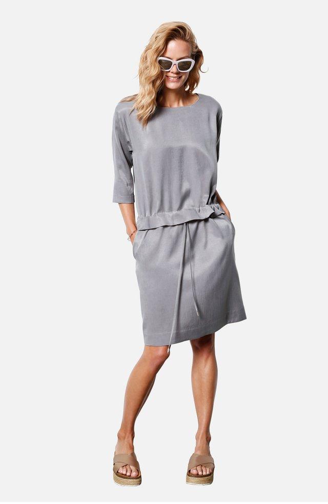 Korte jurk - carbon
