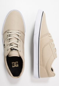 DC Shoes - TONIK - Zapatillas skate - timber/oak - 1