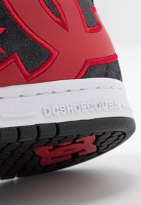 DC Shoes - COURT GRAFFIK SE - Zapatillas skate - black/red - 5